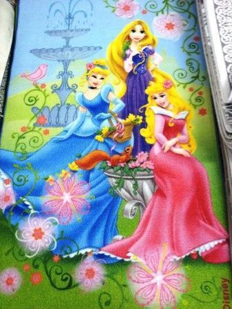 Ковер детский Dinarsu Disney Принцессы (арт.D3PR001) желтый 1330*1950мм от Ravta