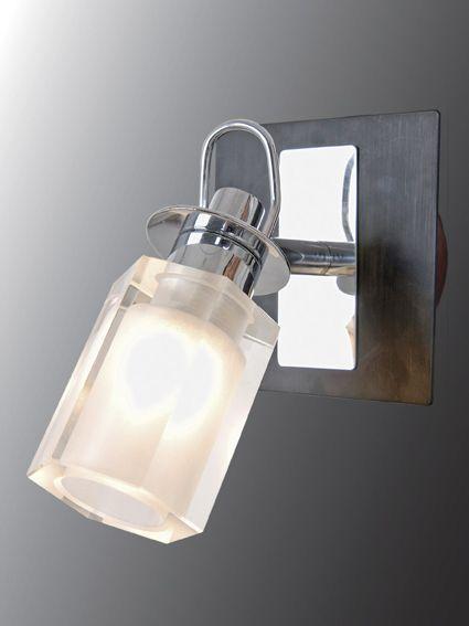 Светильник (Бра) Еврокаркасы 3-5004-1-CR+WE G9Светильники (Бра)<br>Скидка 20 %<br><br>Артикул: 3-5004-1-CR+WE G9<br>Бренд: МАКСИСВЕТ<br>Вес (кг): 0,7<br>Коллекция светильников: Еврокаркасы<br>Длина светильника (мм): 100<br>Ширина светильника (мм): 160<br>Высота светильника (мм): 140<br>Цвет арматуры: CR+WE (хром + венге)<br>Тип цоколя светильника: G9<br>Количество ламп светильника: 1<br>Общая мощность освещения светильника (Вт): 40<br>Размер основания светильника: 80мм<br>Цвет плафона: прозрачный/матовый<br>Материалы светильника: металл/стекло