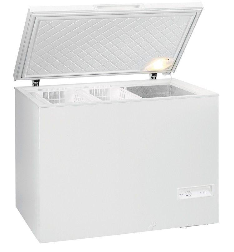 Морозильный ларь GORENJE FH 33 BWМорозильные лари<br><br><br>Размеры (ШxГxВ): 110x70x85 см<br>Общий объем (л): 325<br>Высота упаковки (мм): 905<br>Длина упаковки (мм): 1138<br>Ширина упаковки (мм): 755<br>Артикул: FH33BW<br>Бренд: Gorenje<br>Система разморозки: ручная<br>Энергопотребление: B<br>Гарантия производителя: да<br>Вес упаковки (кг): 77