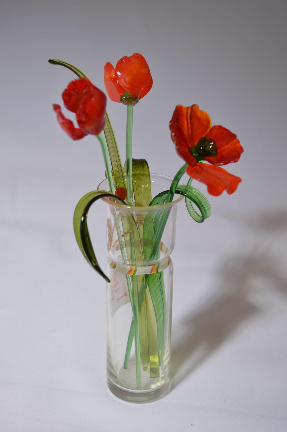 Букет 3 из трех маков в вазочке, цветное стекло от Ravta