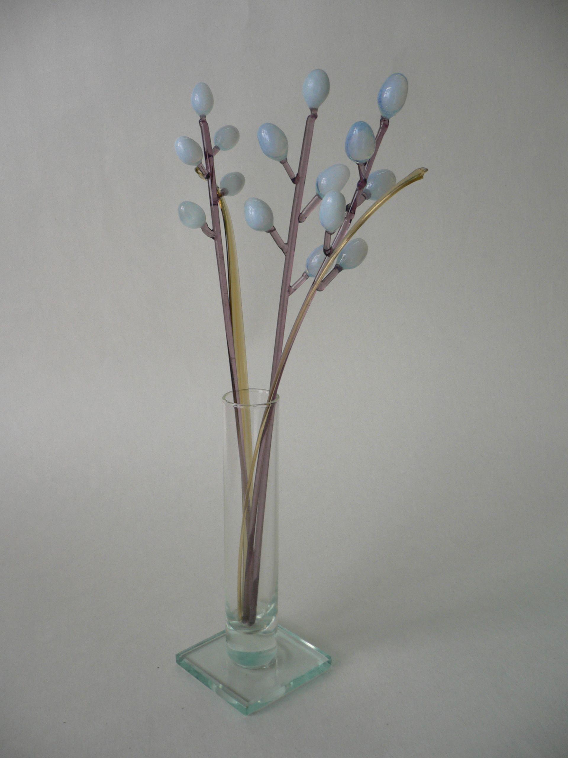 Букет из трех веточек вербы в вазочке, цветное стекло от Ravta